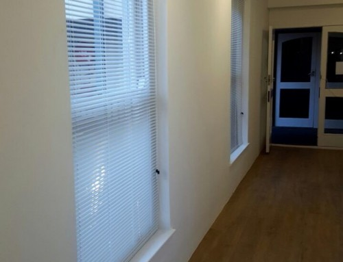 White Aluminium Venetian Blinds